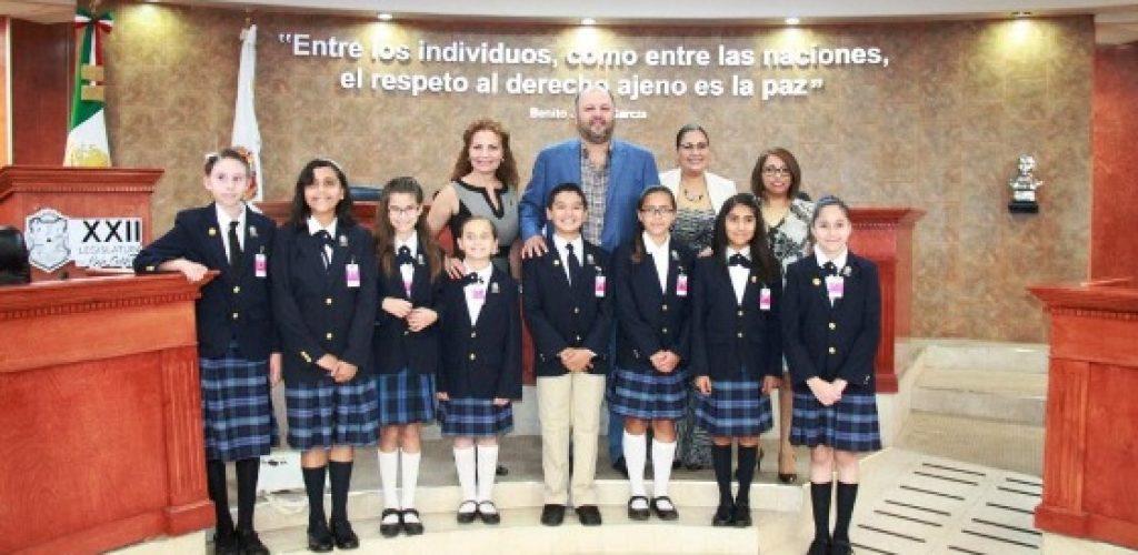 La Mesa Directiva del Congreso del Estado recibió a los ganadores del Décimo Parlamento Infantil