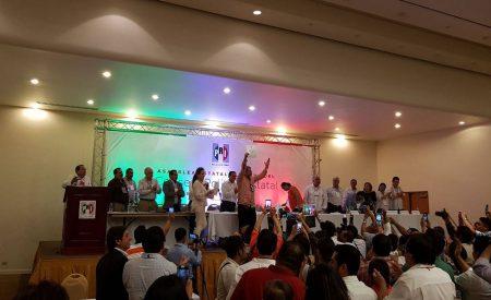 """Los """"democráticos"""" priistas; David Ruvalcaba nuevo dirigente del PRI BC"""