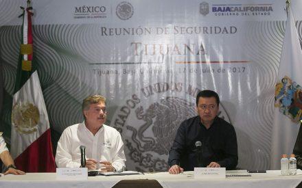 Osorio Chong visita BC para tratar temas de seguridad