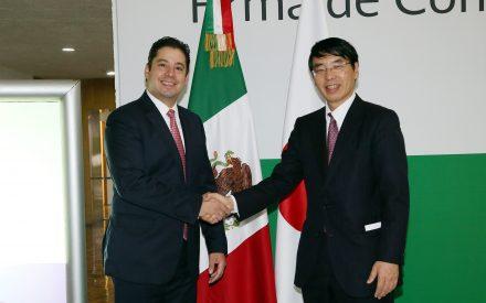 Firman México y Japón convenio de colaboración en materia aduanera