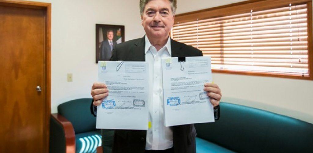 Firma Gobernador Francisco Vega Decretos Para La Creación DelSistema Estatal Anticorrupción