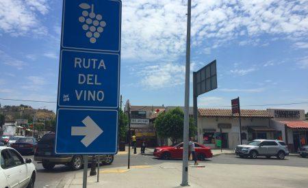 Concluye instalación de señalética vial para la Ruta del Vino de Tecate