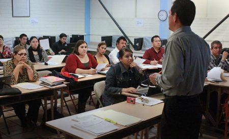 Maestros de educación básica se preparan para el próximo ciclo escolar 2017-2018