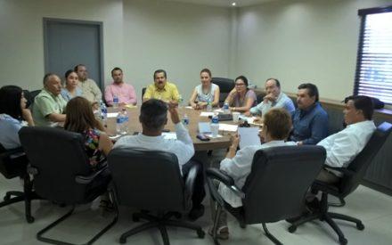 Profesor Elías López presentó avances del programa de trabajo en Vinculación Educativa