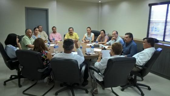 Profesor Elías López Mendoza presentó avances del programa de trabajo en Vinculación Educativa