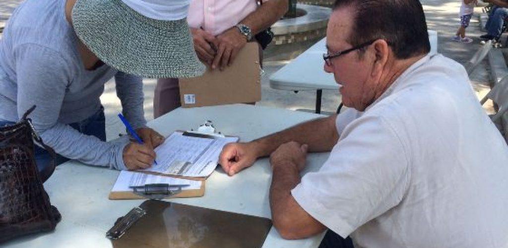 En una semana se lograron más de 2500 firmas para reducirle el dinero a los partidos: regidor independiente