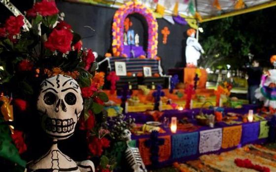 Invita SEE a concurso de Altar de Muertos