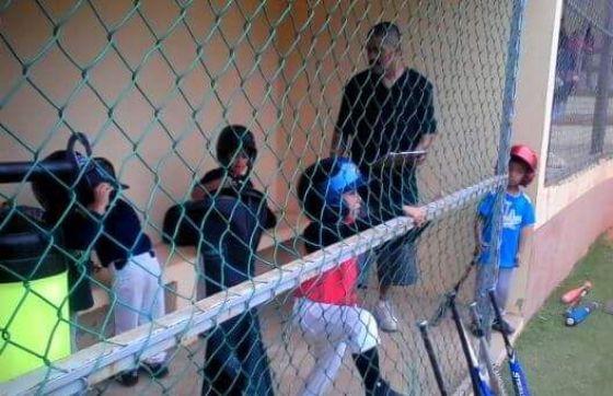 Abren convocatoria para inscribirse a la Escuela de Béisbol Infantil