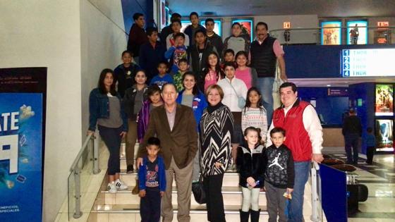 DIF Tecate regala alegría a niñas y niños de Casa Hogar