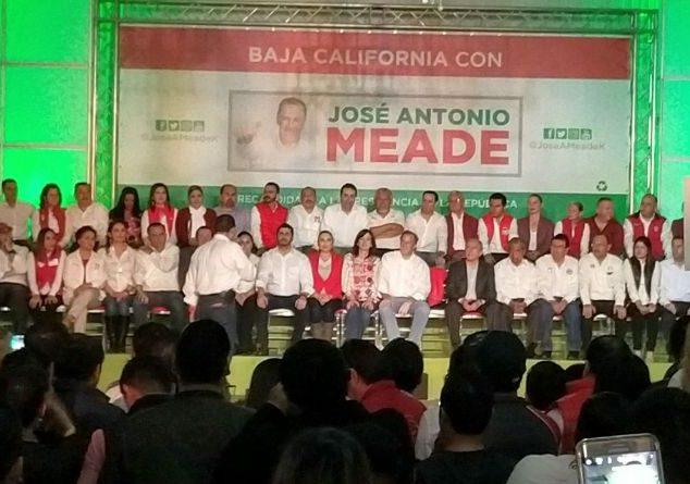 En su visita a Tijuana #JoseAntonioMeade no fue tajante sobre el tema del muro