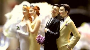 Emite CEDHBC Recomendación por negar matrimonio a personas del mismo sexo