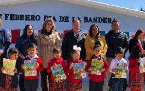 Exponen alumnos de preescolar, muestras de la Bandera Mexicana