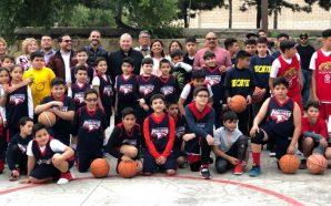 Ayuntamiento entrega espacio deportivo para practicar Básquetbol