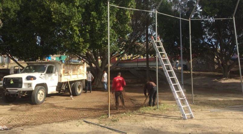 Imdete da continuidad a rehabilitación del campo deportivo de Río