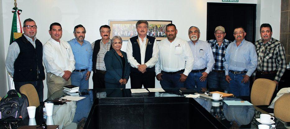 Se reunió Gobernador del Estado con ganaderos de la Zona Costa