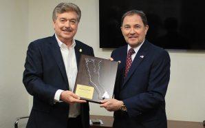 Recibe GobernadorFrancisco Vega a su homólogo de UtahGary Richard Herbert, quien realiza gira de trabajo en B.C.