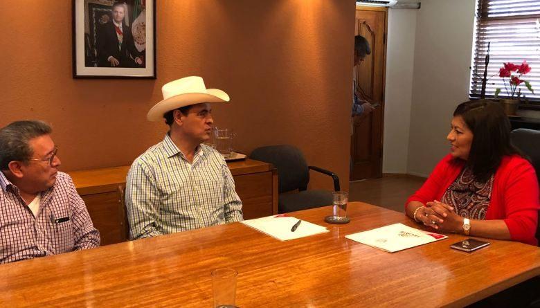 Productiva reunión de trabajo sostienen los Senadores, Ismael Hernández Deras y Víctor Galicia con la Presidente Municipal