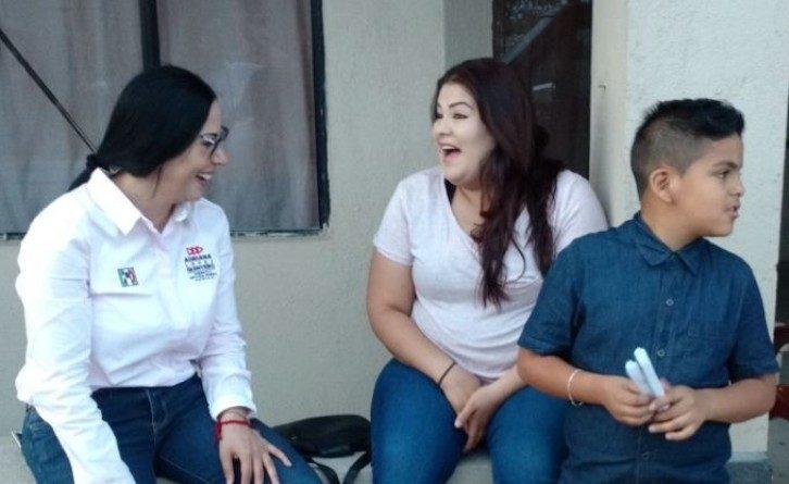 """""""Conmigo, familias y jóvenes recibirán ayudapara la renta"""": Adriana López Quintero"""