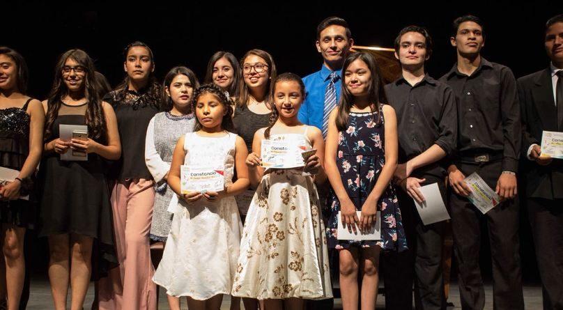 Se gradúan 350 alumnos de los Talleres de Arte y Cultura de Cecutec