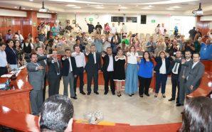 Rinden protesta de ley ante el Pleno los integrantes del…