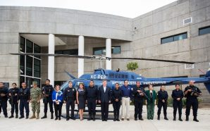 Entrega Gobernador Francisco Vega nuevo helicóptero de la PEP
