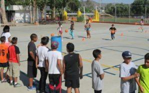 Planean crear escuela de baloncesto para niñas y niños en…