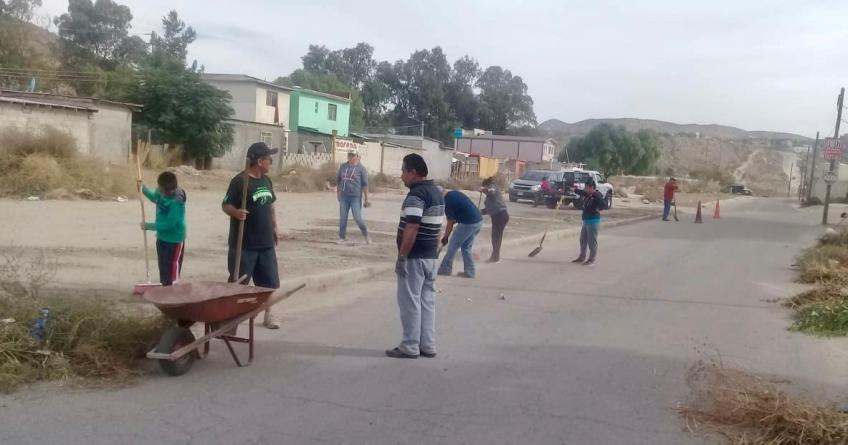 Se suman vecinos a jornada de limpieza del Fracc. Terrazas del Río