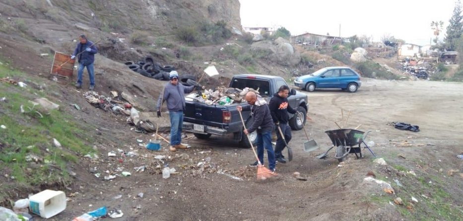 IMDETE limpia el Gimnasio XX Ayuntamiento