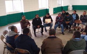 Atiende Benja Gómez necesidades de taxistas agremiados a la CTM