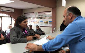 Nereida Fuentes pone el ejemplo y paga su predial