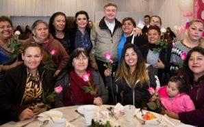 """Reconoce Gobernador """"Kiko"""" Vega aportación de las mujeres al desarrollo…"""