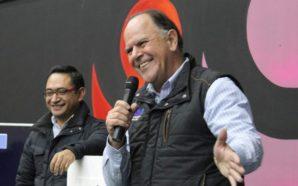 Se aferra Alfredo Ferreiro a vivir del erario, registrará su PES