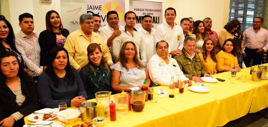 Denuncia Martínez Veloz conspiración internacional de Bonilla para entregar el agua