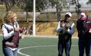 Reitera Zulema Adams su compromiso con deportistas y comerciantes