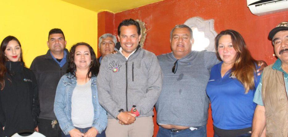 Se reúne Javier Urbalejo Cinco con prestadores del servicio de transporte de personal