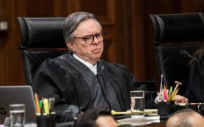 PAN critica renuncia de Medina Mora; COPARMEX lo defiende