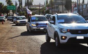 Realizan caravana exigiendo renuncia de Zulema Adams