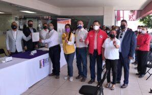 Javier Pérez Ramos oficializa su registro ante el IEEBC