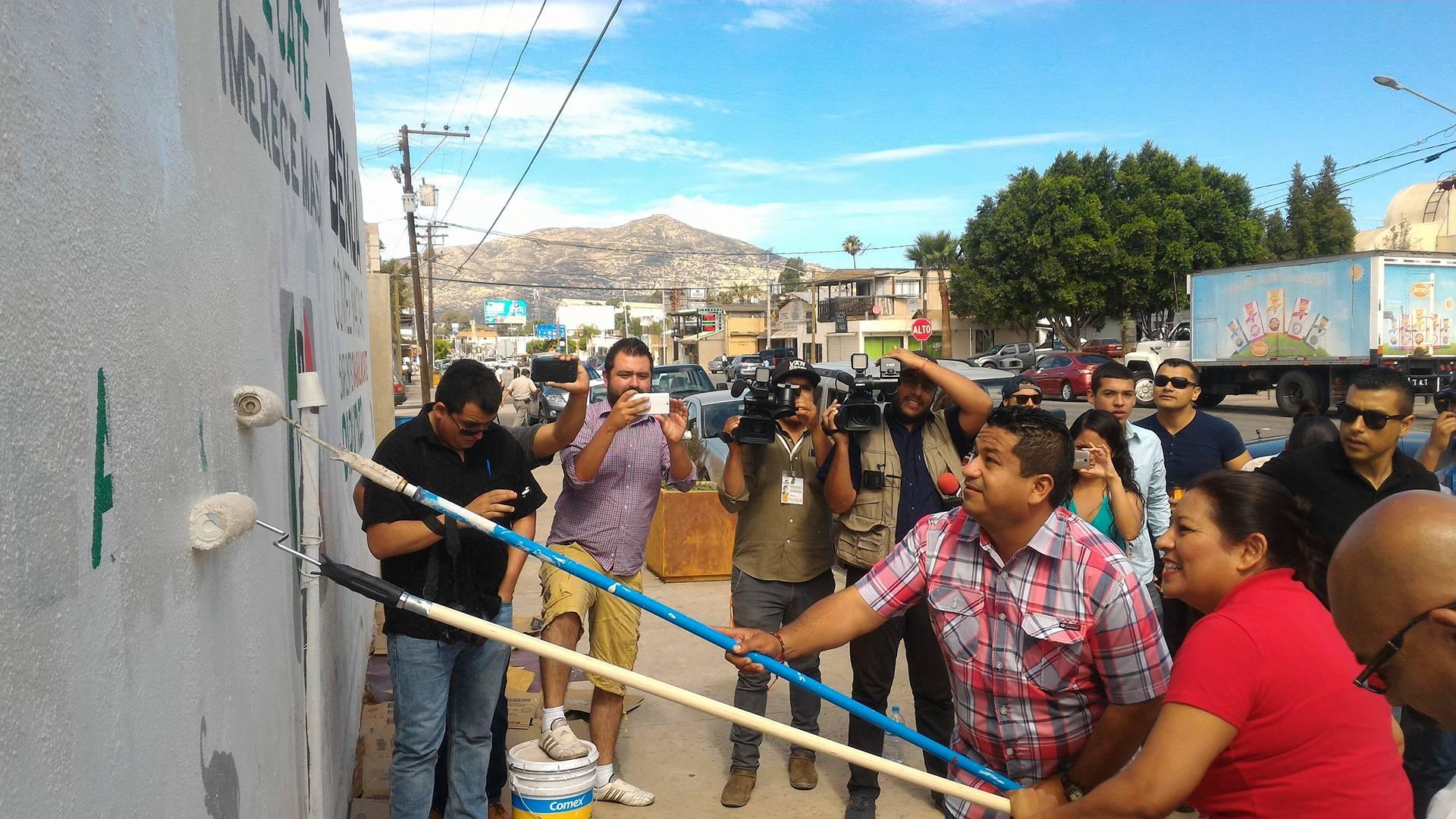 Brigada de limpieza Nereida Fuentes y Benja Gómez