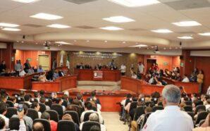 """Sin consultar a Ayuntamientos y con """"morenistas"""" divididos, Congreso aprueba…"""
